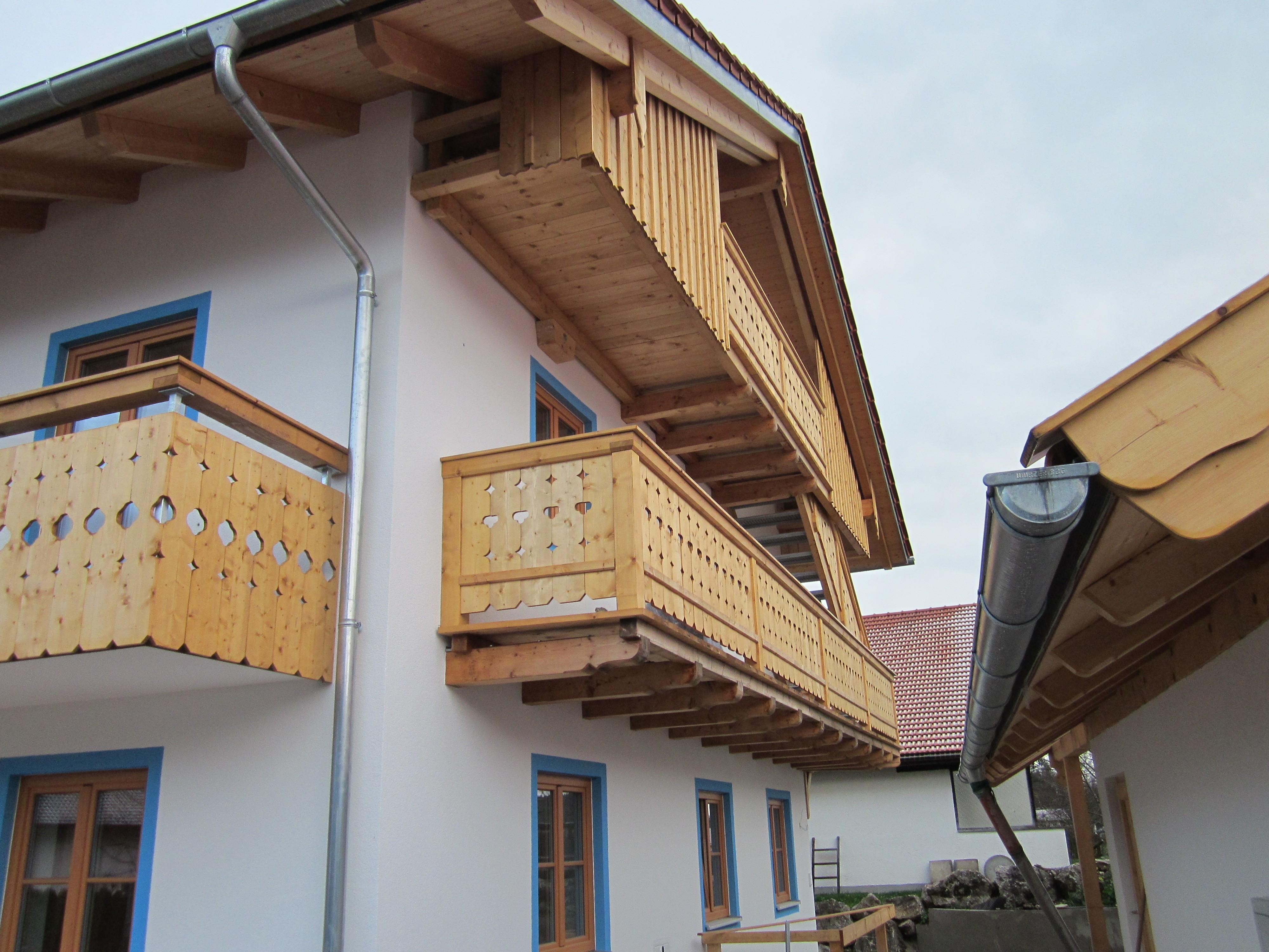 Holz-Balkon